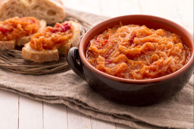 Il friggione di cipolle e pomodori